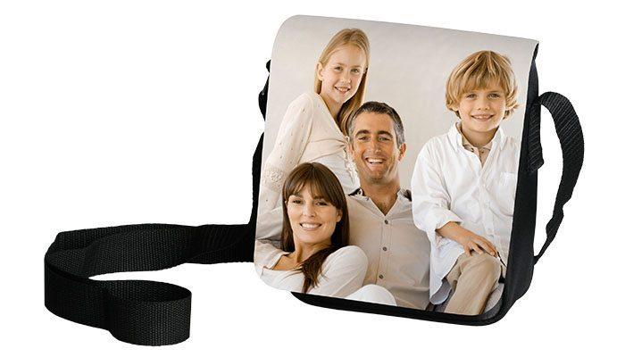 foto detalhe bolsa mensageiro personalizada com foto