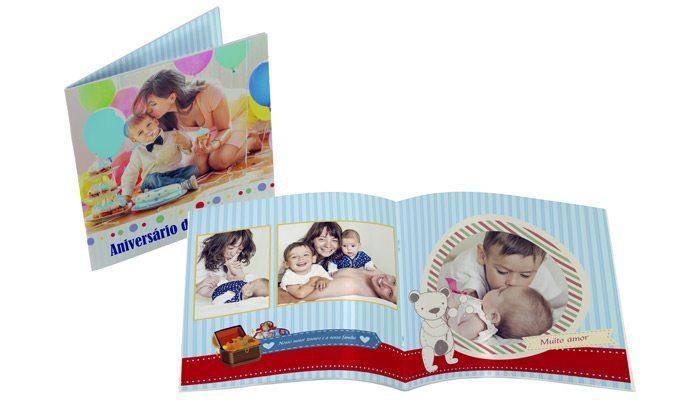 Fotolivro Revista 21x21cm aberto e fechado