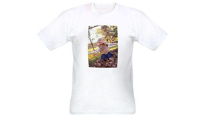 foto detalhe da camiseta personalizada com foto aberta